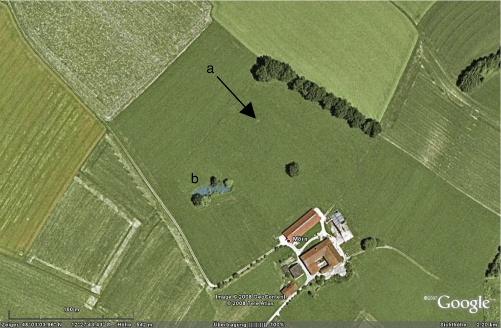 Google Earth image Mörn farmhouse soil liquefaction phenomena, active depression, possible sand boils